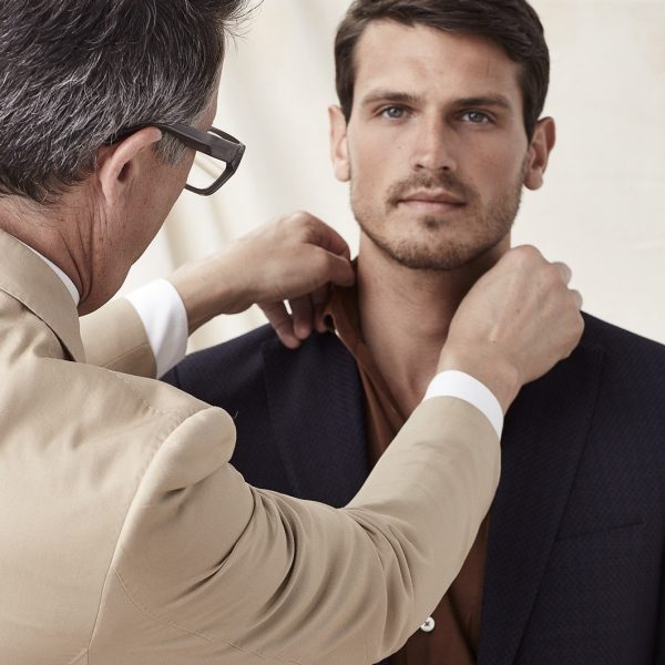 Factors to think about while buying a suit